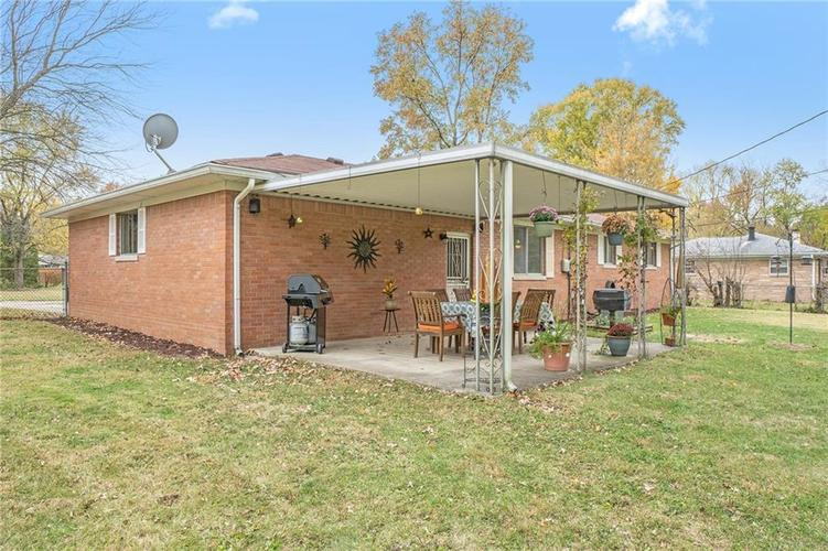 2734 WESTLEIGH Drive Indianapolis, IN 46268   MLS 21680404   photo 18