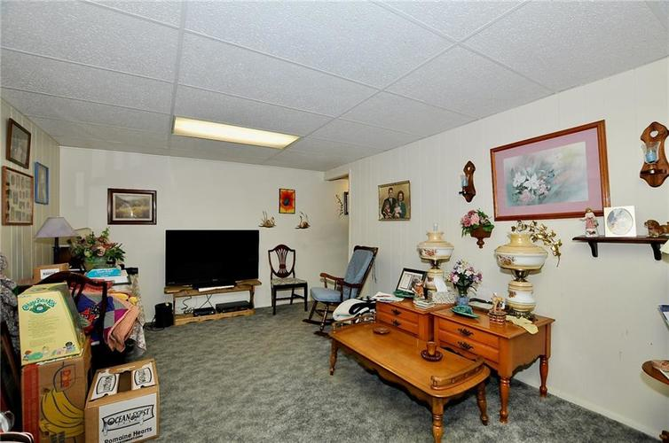 8112 BROMLEY Place Indianapolis, IN 46219   MLS 21680420   photo 19