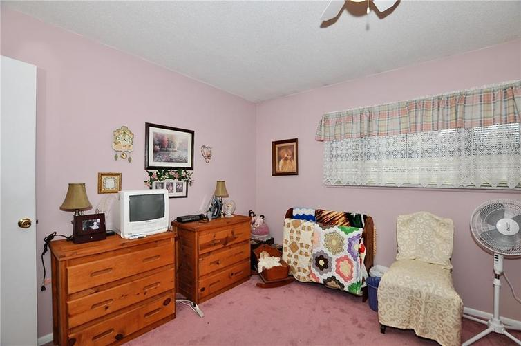 8112 BROMLEY Place Indianapolis, IN 46219   MLS 21680420   photo 27