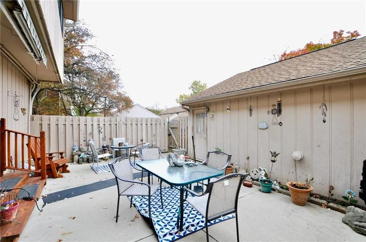 8112 BROMLEY Place Indianapolis, IN 46219   MLS 21680420   photo 31