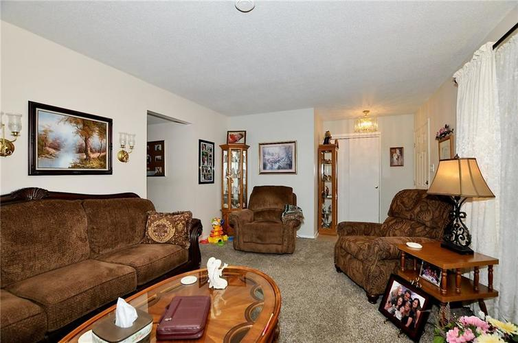 8112 BROMLEY Place Indianapolis, IN 46219   MLS 21680420   photo 8