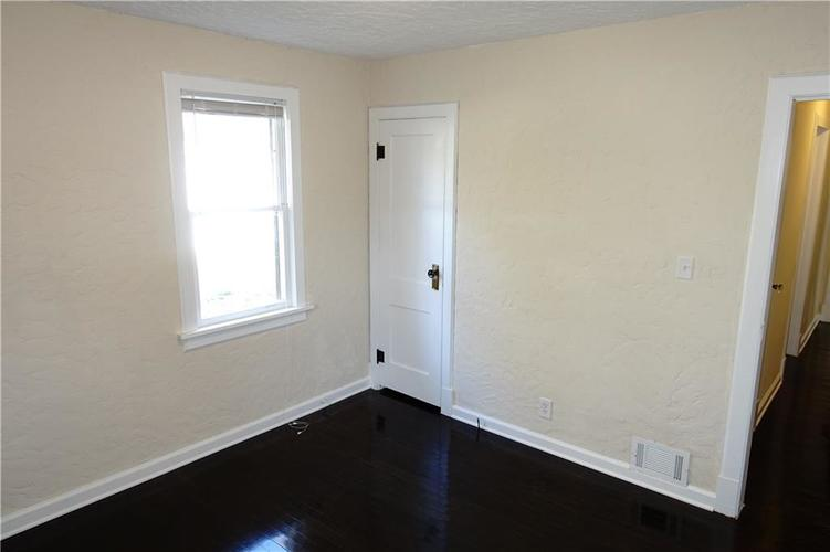 4509 Crittenden Avenue Indianapolis, IN 46205 | MLS 21680443 | photo 15