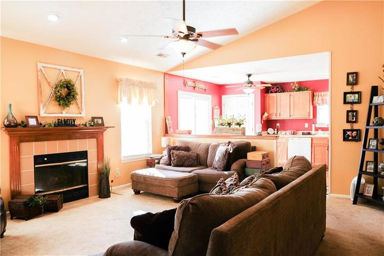 1113 Paul Drive Indianapolis, IN 46229   MLS 21680475   photo 16