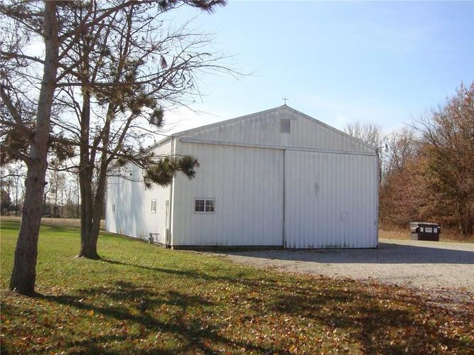 5436 S US Highway 31 Crothersville, IN 47229   MLS 21680517   photo 3