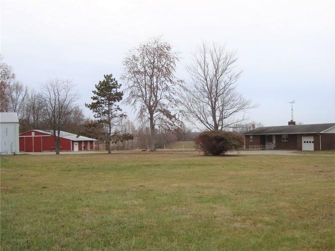 5436 S US Highway 31 Crothersville, IN 47229   MLS 21680517   photo 5