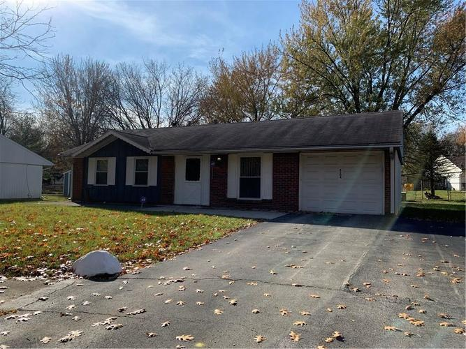 4504  Drayton Court Indianapolis, IN 46254 | MLS 21680596