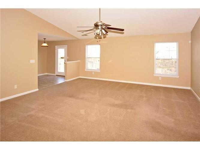 747 Treyburn Green Drive Indianapolis, IN 46239 | MLS 21680601 | photo 2