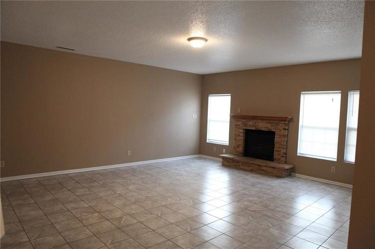 1448 DANIELLE Drive Indianapolis, IN 46231 | MLS 21680627 | photo 4
