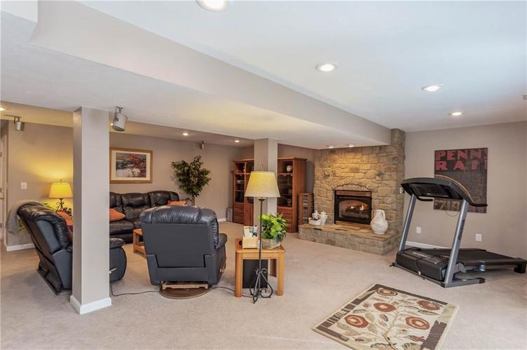 7497 Dunmore Point Noblesville, IN 46062 | MLS 21680631 | photo 28