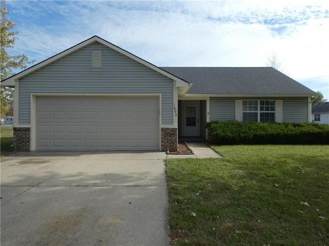 1692 Fountain Lake Drive W Shelbyville, IN 46176 | MLS 21680632 | photo 1