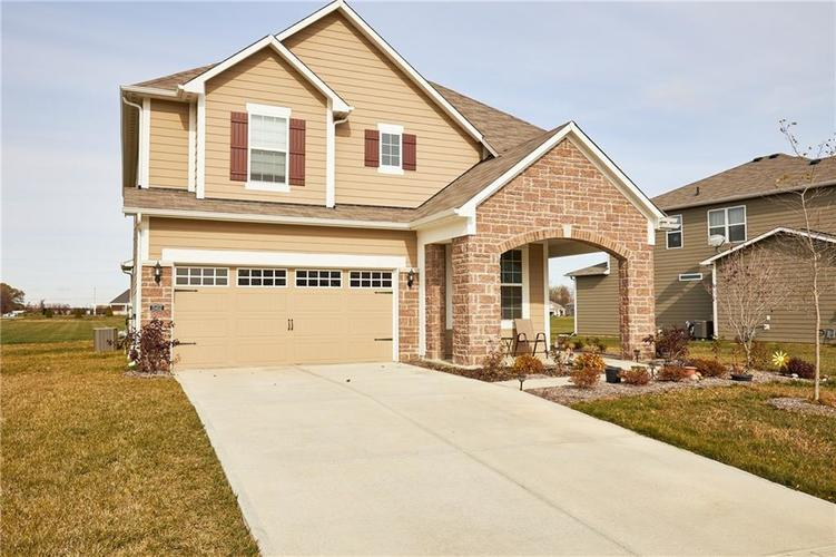 15452  Eastpark Circle Fishers, IN 46037 | MLS 21680633