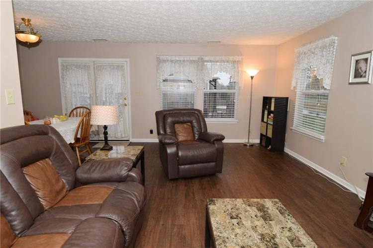 4495 Connaught East Drive Plainfield, IN 46168   MLS 21680667   photo 6