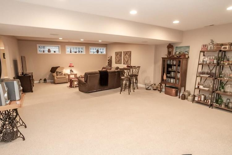 2891 COVENTRY Lane Greenwood, IN 46143 | MLS 21680677 | photo 30