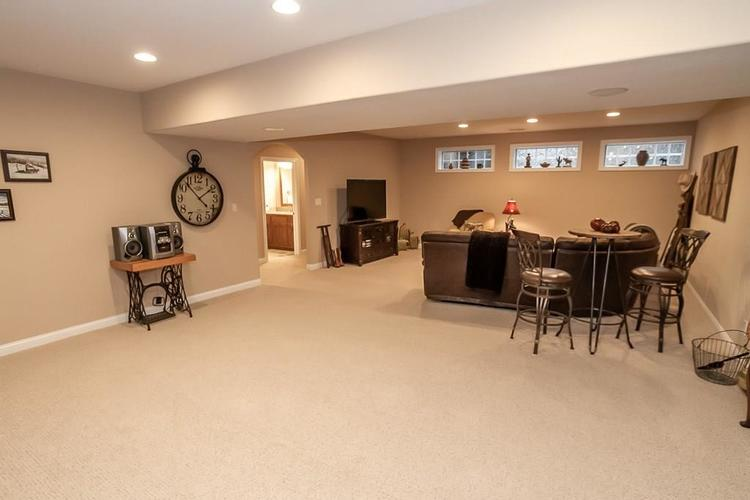 2891 COVENTRY Lane Greenwood, IN 46143 | MLS 21680677 | photo 31