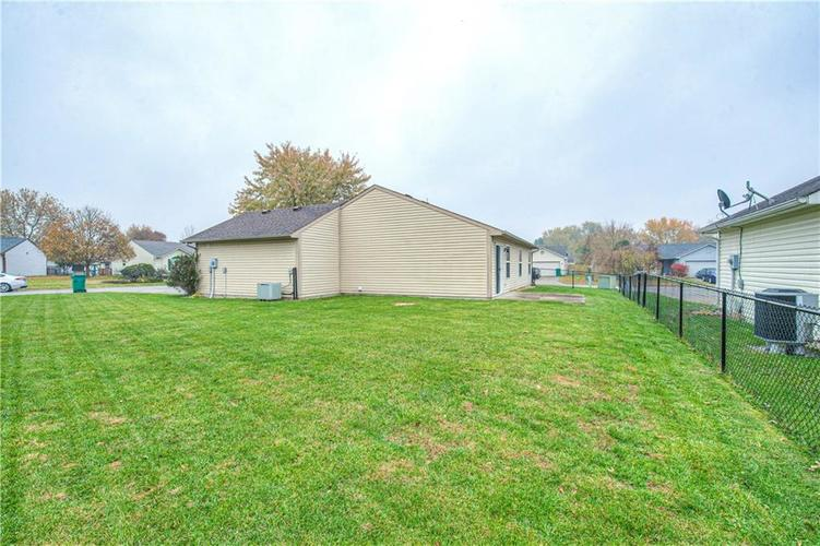 2208 Tansel Forge Drive Indianapolis, IN 46234   MLS 21680727   photo 24