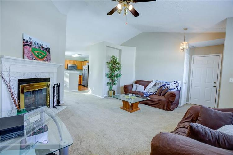 5650 Crown Vetch Place Indianapolis, IN 46254 | MLS 21680902 | photo 3