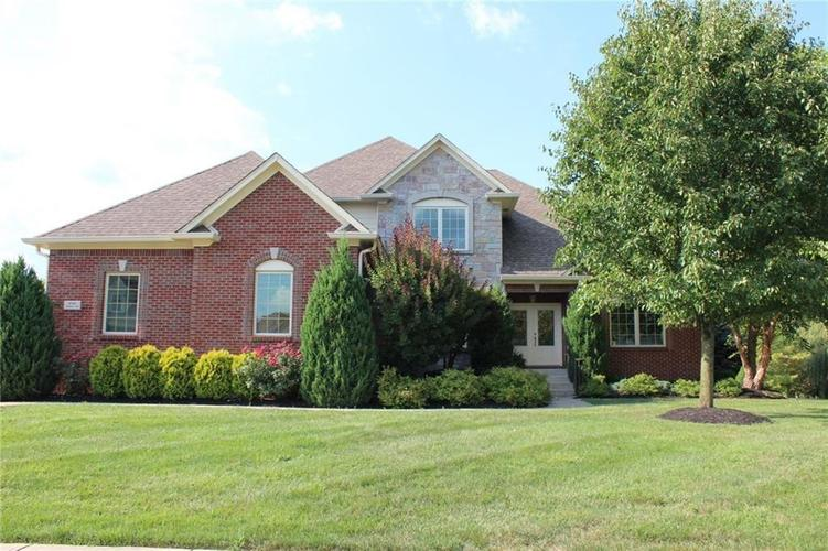 2780  Coventry Lane Greenwood, IN 46143 | MLS 21680935