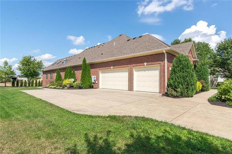2780 Coventry Lane Greenwood, IN 46143 | MLS 21680935 | photo 44