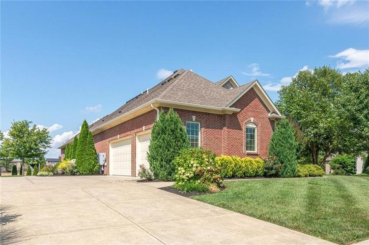 2780 Coventry Lane Greenwood, IN 46143 | MLS 21680935 | photo 45