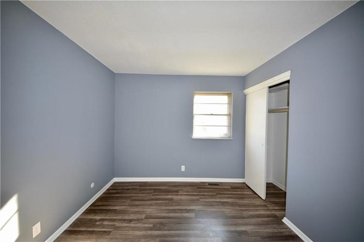 2026 N HIBISCUS Drive Indianapolis, IN 46219 | MLS 21680989 | photo 20