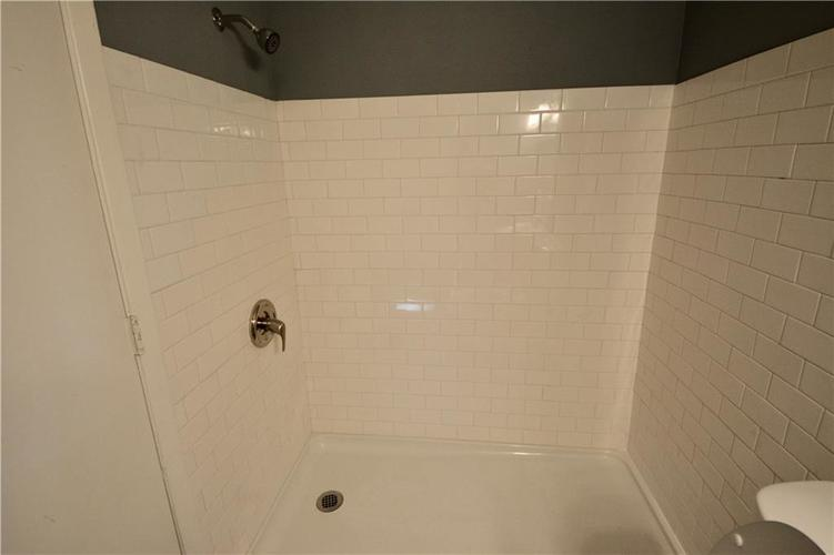 2026 N HIBISCUS Drive Indianapolis, IN 46219 | MLS 21680989 | photo 24