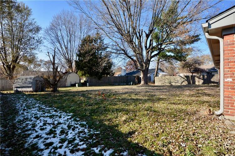 2026 N HIBISCUS Drive Indianapolis, IN 46219 | MLS 21680989 | photo 28