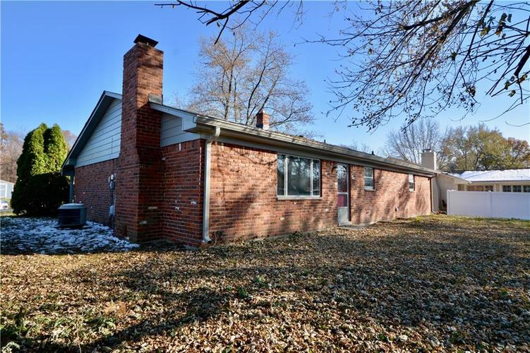 2026 N HIBISCUS Drive Indianapolis, IN 46219 | MLS 21680989 | photo 3
