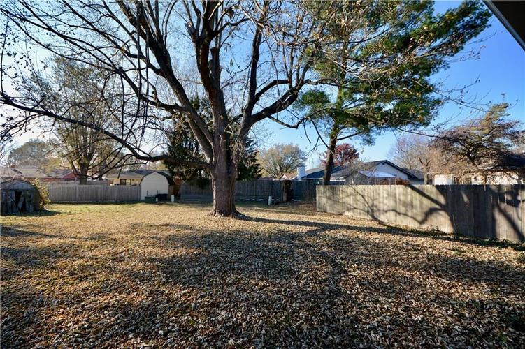 2026 N HIBISCUS Drive Indianapolis, IN 46219 | MLS 21680989 | photo 31