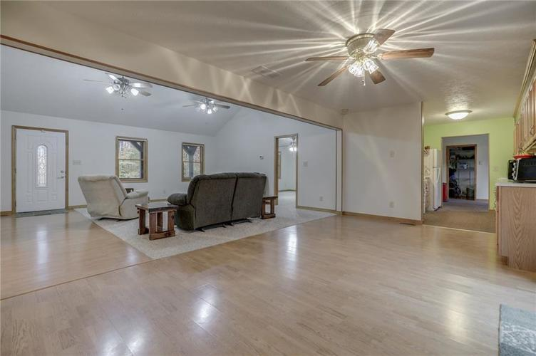 000 Confidential Ave.Nineveh, IN 46164 | MLS 21681006 | photo 12