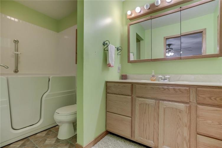 000 Confidential Ave.Nineveh, IN 46164 | MLS 21681006 | photo 21