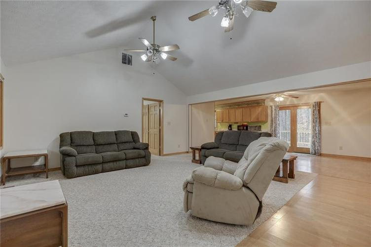 000 Confidential Ave.Nineveh, IN 46164 | MLS 21681006 | photo 7