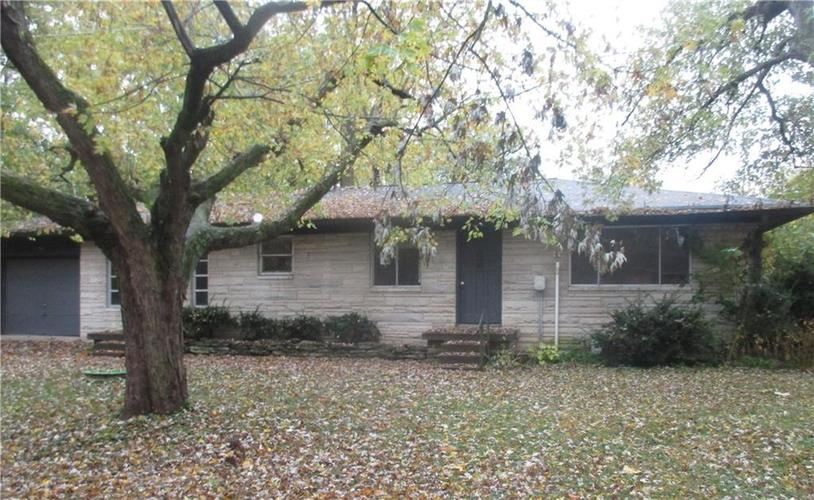 7364 Edgewater Drive Indianapolis, IN 46240 | MLS 21681016 | photo 2