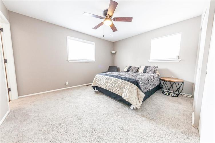 8056 Stafford Lane Indianapolis, IN 46260 | MLS 21681065 | photo 25