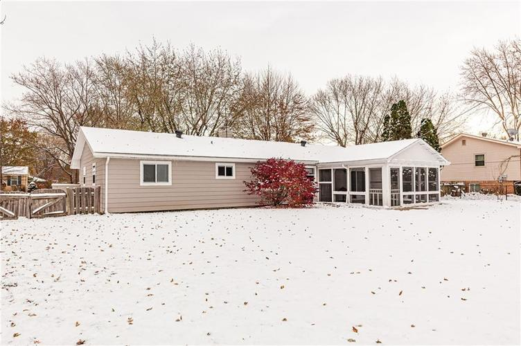 8056 Stafford Lane Indianapolis, IN 46260 | MLS 21681065 | photo 38