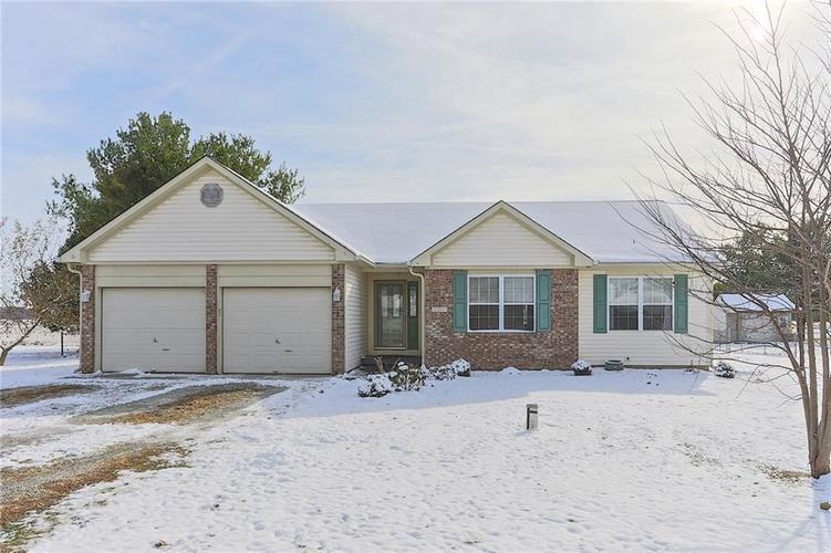 2287 E 500 North Road Greenfield, IN 46140 | MLS 21681076 | photo 1