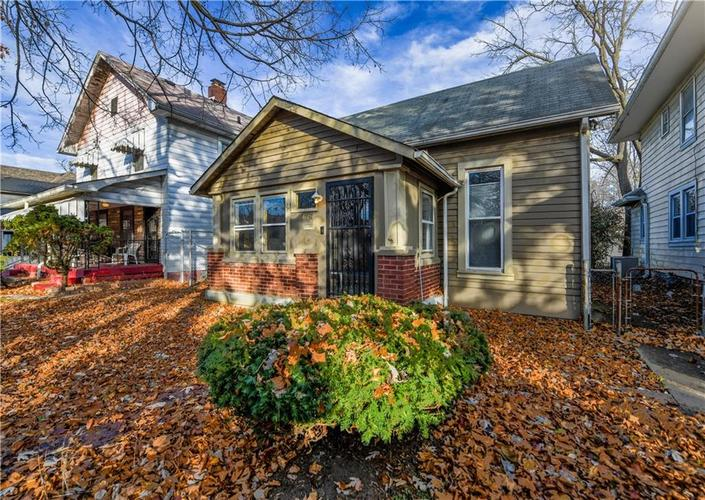 4061  Rookwood Avenue Indianapolis, IN 46208 | MLS 21681112