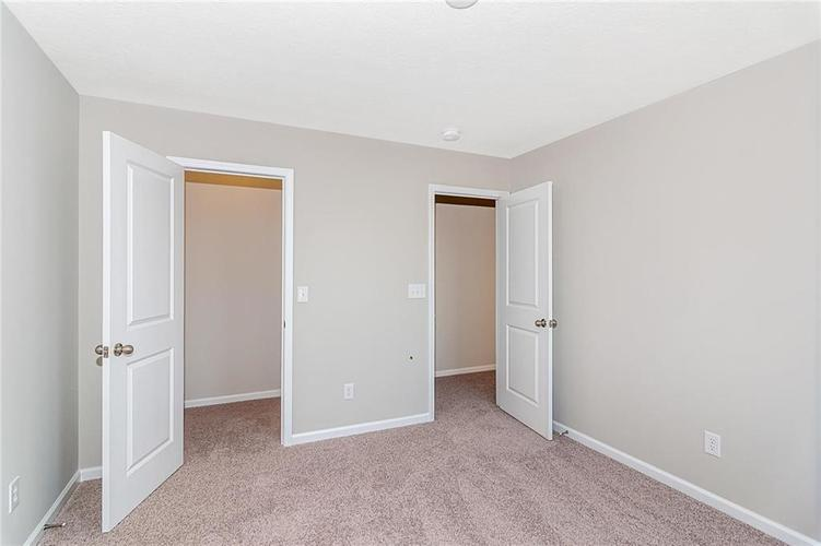 5181 Karlyn Court Bargersville, IN 46106 | MLS 21681154 | photo 21