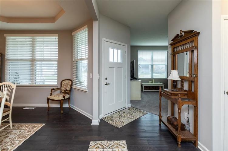 5463 Golden Aster Drive Noblesville, IN 46062 | MLS 21681174 | photo 5