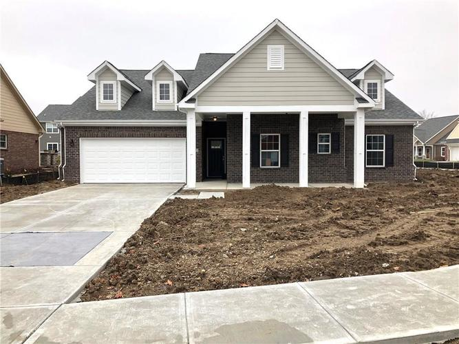2415 Somerset Circle Franklin, IN 46131 | MLS 21681200 | photo 1