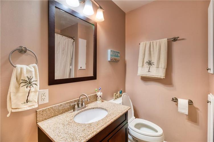 7028 N College Avenue Indianapolis, IN 46220 | MLS 21681211 | photo 21