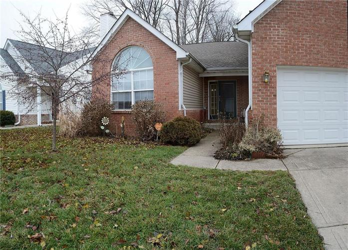 5306 Spring Creek Court Indianapolis, IN 46254 | MLS 21681348 | photo 2