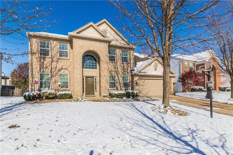 11800  STEPPING STONE Drive Fishers, IN 46037 | MLS 21681461