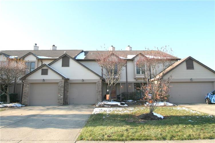 7111 Sea Pine Drive Indianapolis, IN 46250 | MLS 21681473 | photo 1
