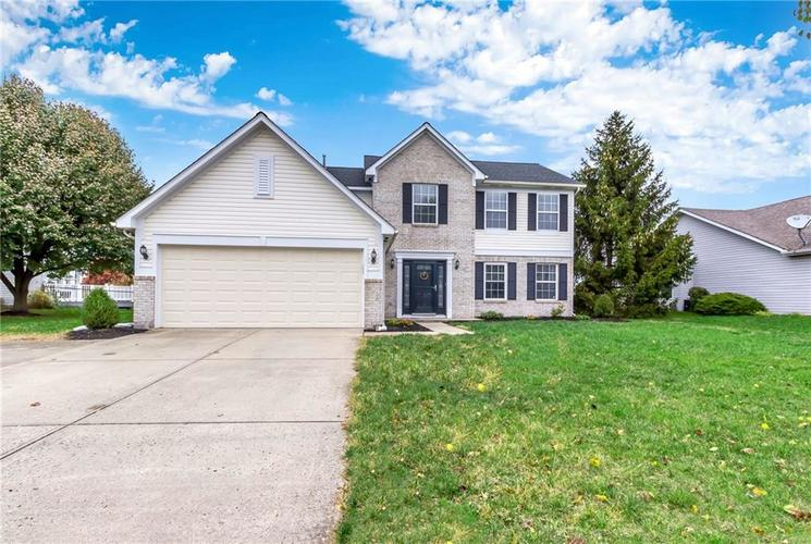 5520  Gainesway Drive Greenwood, IN 46142 | MLS 21681495
