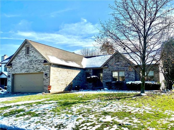 4814 Ashbrook Drive Noblesville, IN 46060 | MLS 21681503 | photo 1