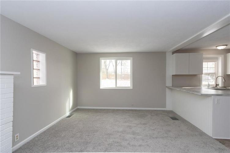 2401 S Silver Lane Drive Indianapolis, IN 46203 | MLS 21681514 | photo 11