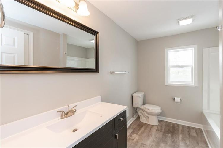 2401 S Silver Lane Drive Indianapolis, IN 46203 | MLS 21681514 | photo 18