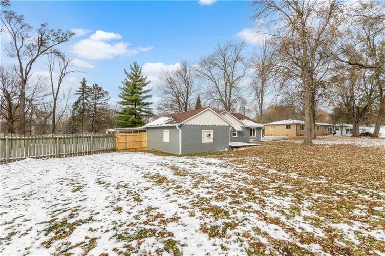 2401 S Silver Lane Drive Indianapolis, IN 46203 | MLS 21681514 | photo 22