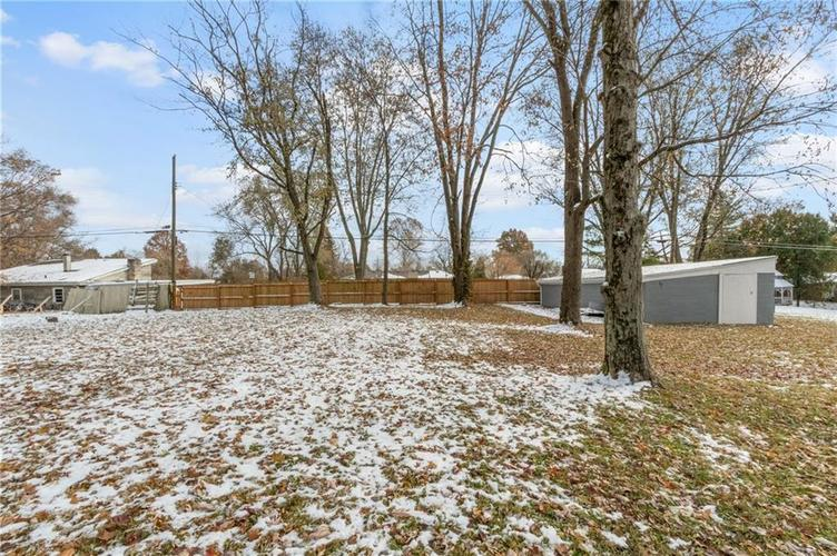 2401 S Silver Lane Drive Indianapolis, IN 46203 | MLS 21681514 | photo 23