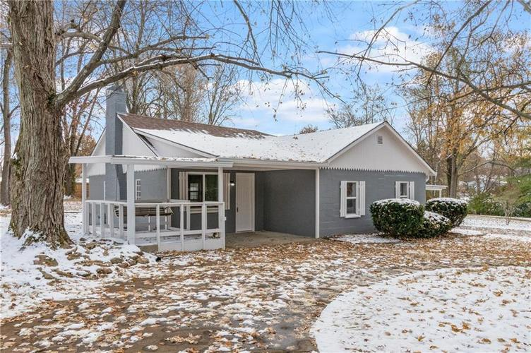 2401 S Silver Lane Drive Indianapolis, IN 46203 | MLS 21681514 | photo 4